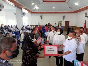 Penyerahan Bantuan IKM